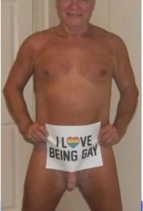 YES IM GAY!